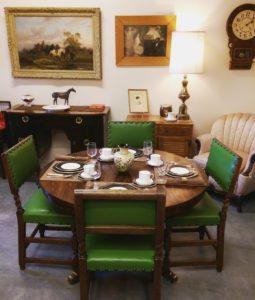 antiques-kelowna-store-art-gallery-used-furniture-dinnerware-lamps-moorcroft-crystals-glasses-paintings-instruments-silverware