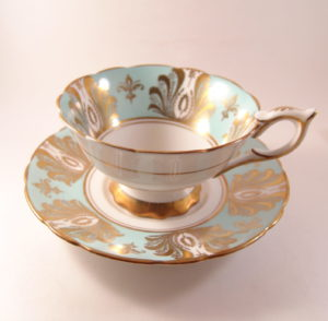 Estate Finds at Artista Art & Antiques in Kelowna BC, online Auctions, Jewelry, Vintage & more