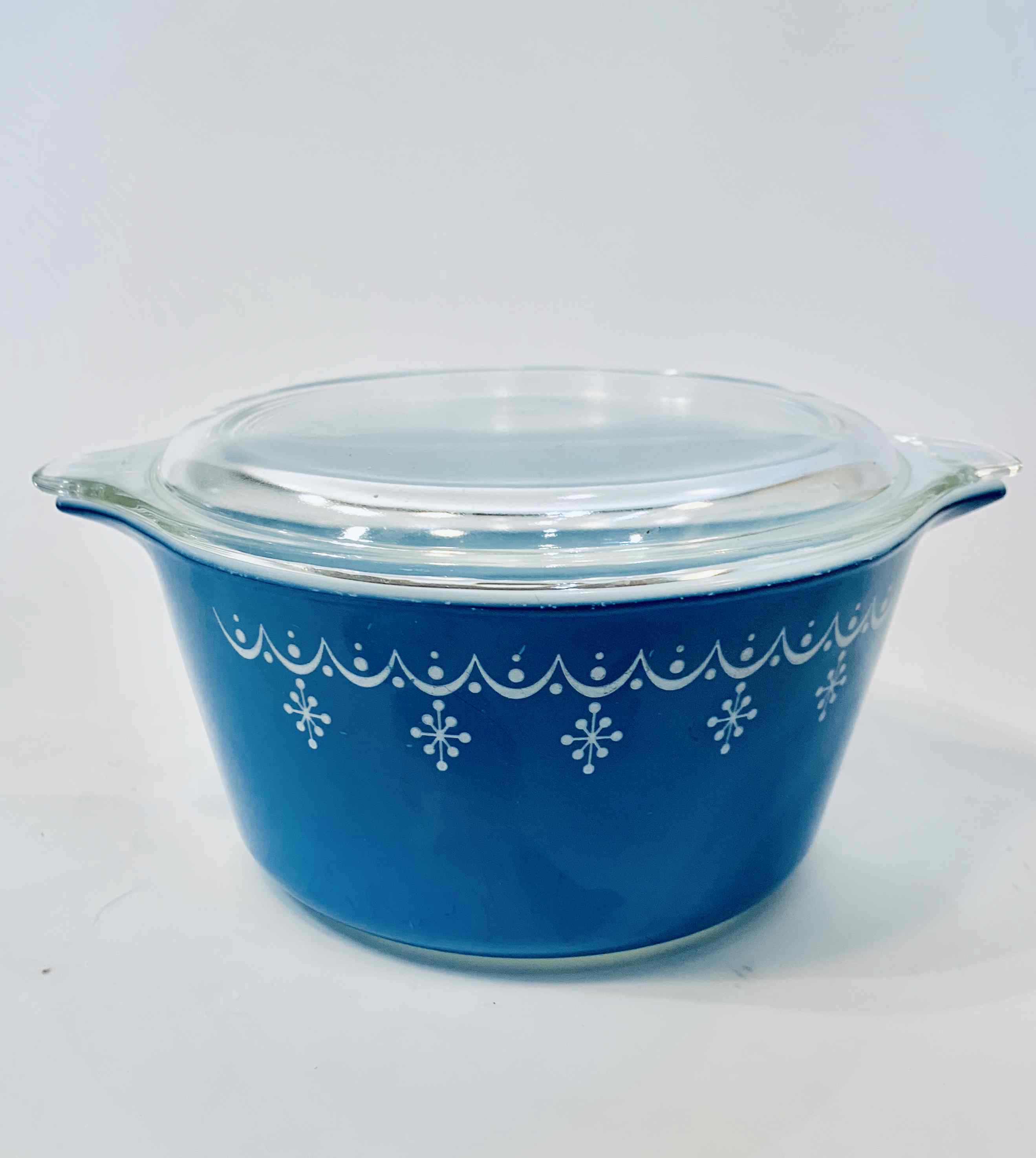 Blue Vintage Pyrex Baking Dish with Lid